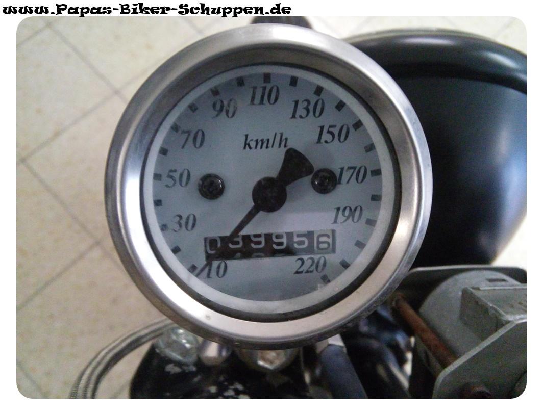 CX500C-Schwarz-10